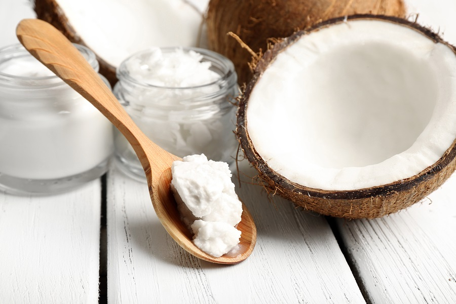 Coconut-with-jars-of-coconut-oil